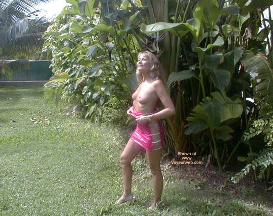 Pic #4 - Sexxy Mary in Jamaica!
