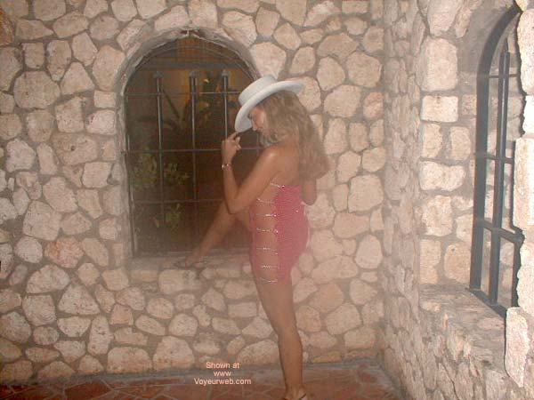 Pic #6 - Sexxy Mary in Jamaica!