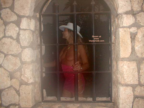 Pic #7 - Sexxy Mary in Jamaica!