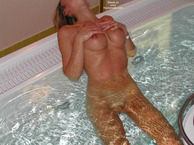 Pic #3 - Sara In Private Minipool 1