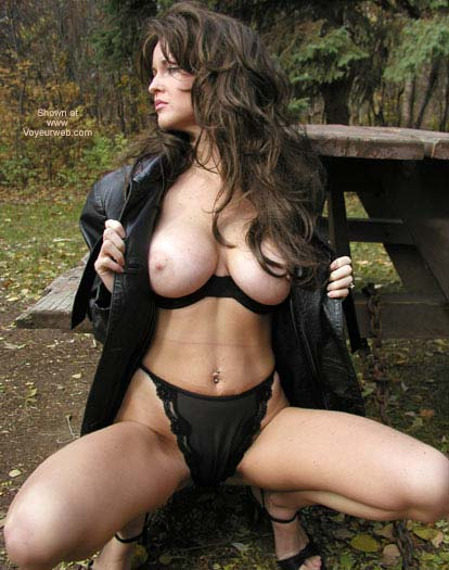 Pic #6 - Nadine Flashing In The Fall