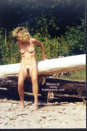 Pic #3 - Naked Outdoors