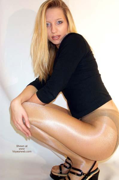 Pic #6 - Toni's Long Legs