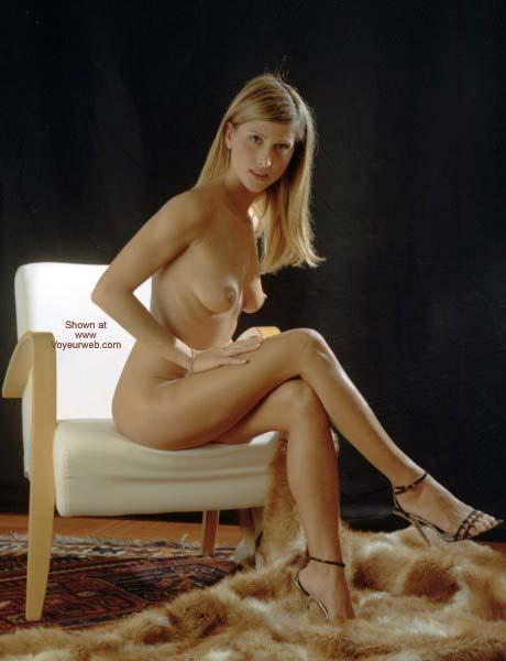 Pic #2 - Nanà: Blond Desire