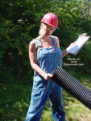 Pic #1 - Ashley Laying Pipe!