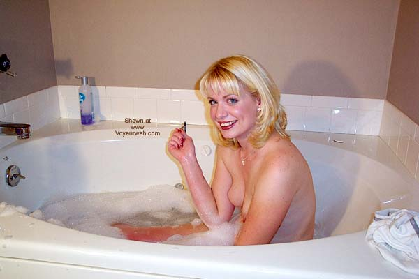 Pic #4 - Steffanie - Bathtub and Then Some