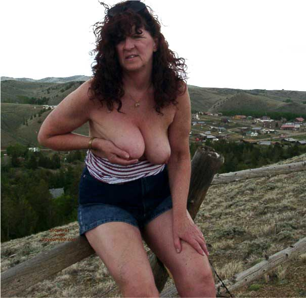 Pic #8 - Misti Along The Highway in Wyoming