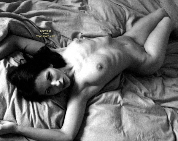 Pic #2 - Sexy Angelina .. Shadows in Bed