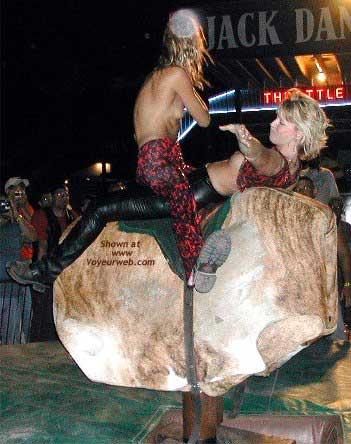 Pic #5 - *GG Sturgis 2002