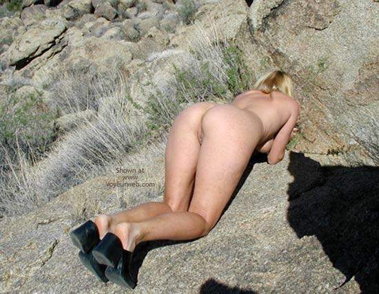 Pic #4 - Giselle On The Rocks..Shaken Not Stirred