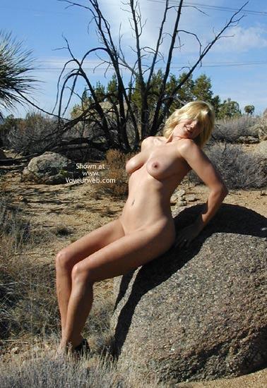 Pic #8 - Giselle On The Rocks..Shaken Not Stirred