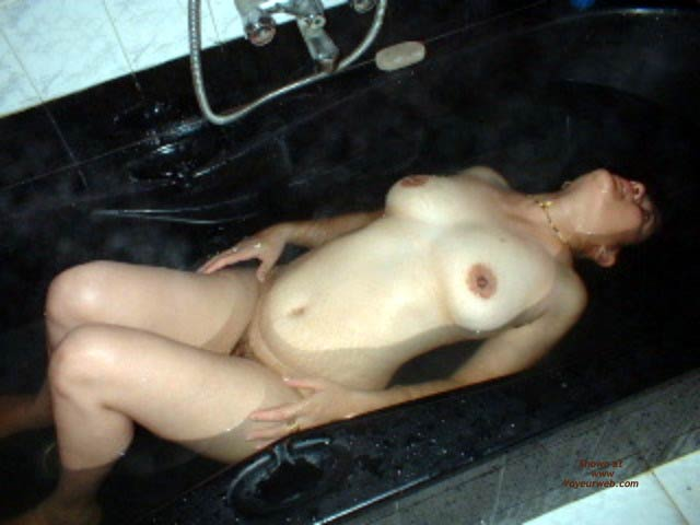 Pic #9 - *TU Indiebabe Says Bathe With Your Eyes Only