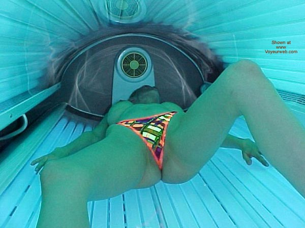Pic #1 - Daddys Little Girl Goes Tanning