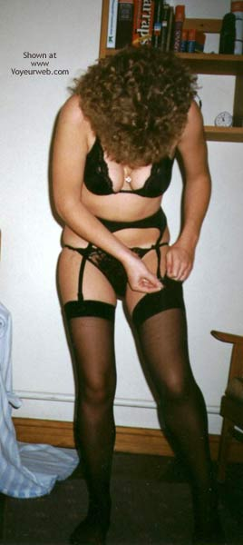 Pic #1 - Holidaying Wife In The Bedroom