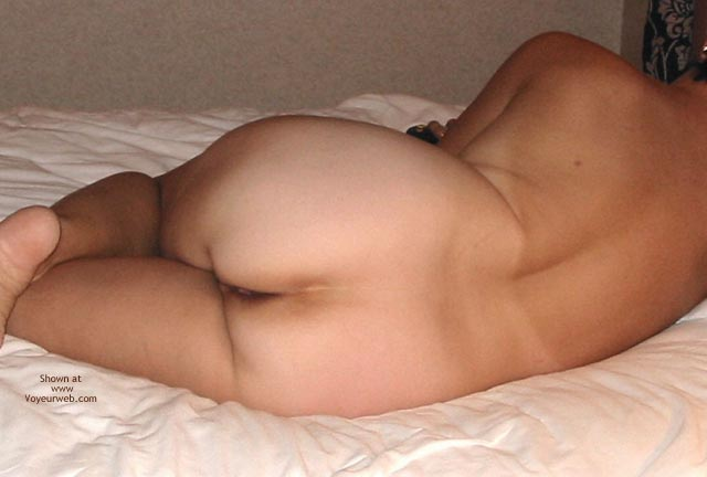 Pic #3 - Lazy Day in The Room