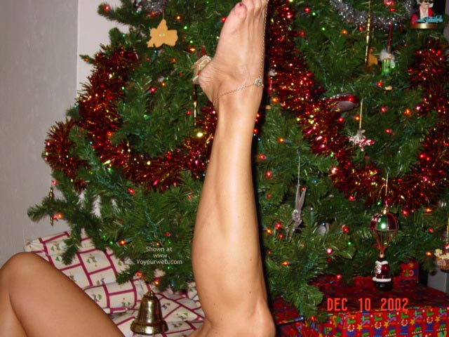 Pic #4 - *XM South Fl. Couple.......Feet & Legs