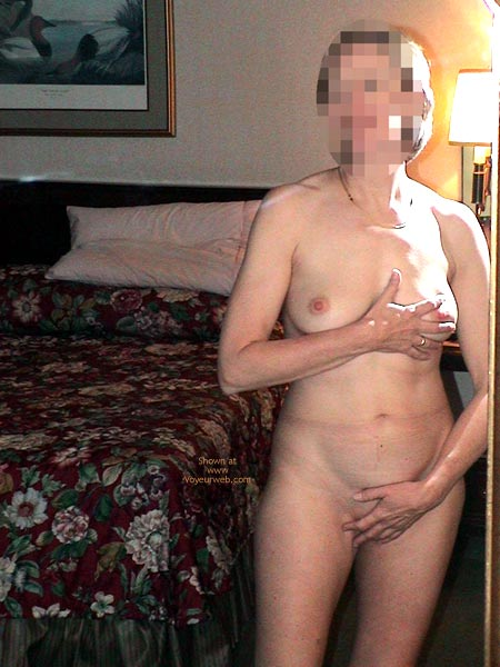 Pic #7 - Special Friend At 40 .. Mirrorstrip