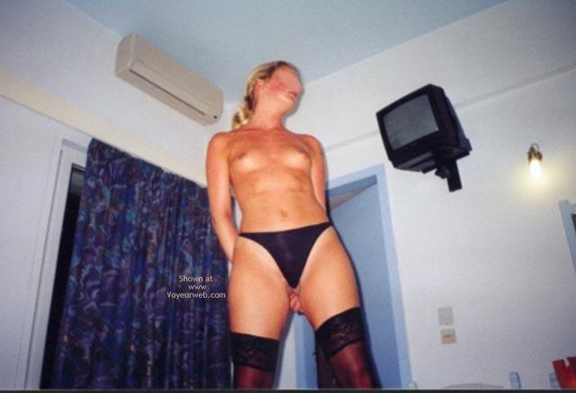 Pic #4 - Gang Bang Sarahs Small Tits