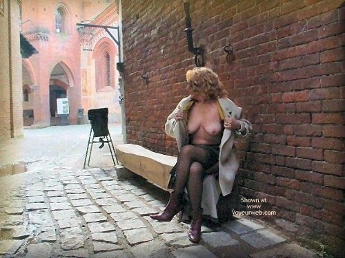 Pic #5 - Caty al Borgo Medioevale