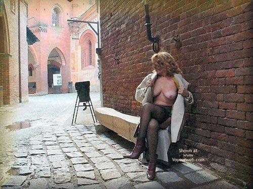 Pic #6 - Caty al Borgo Medioevale