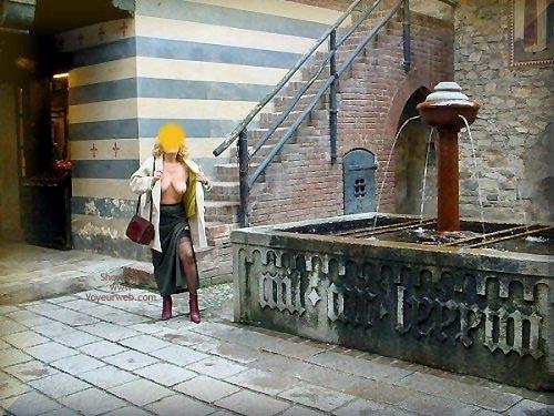 Pic #7 - Caty al Borgo Medioevale