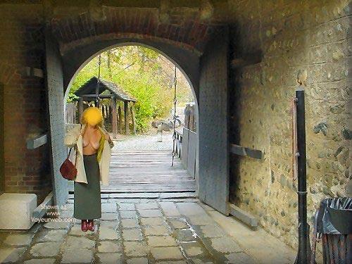 Pic #9 - Caty al Borgo Medioevale