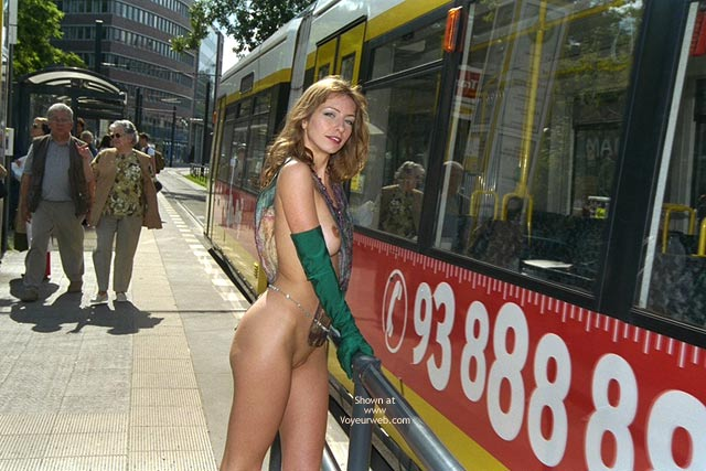 Pic #3 - *FP Jeanette Flashing in Berlin Subway