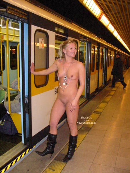 Public transport flashing part 1 - 2 2