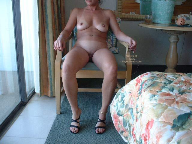 Pic #1 - Breakfast Naked