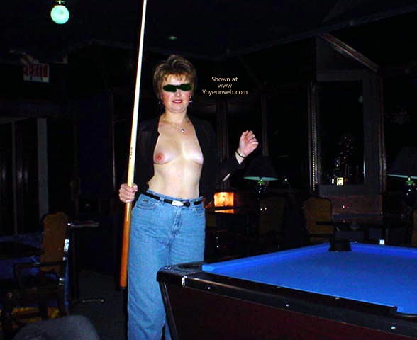 Pic #1 - MidWest Cindy Playing Pool