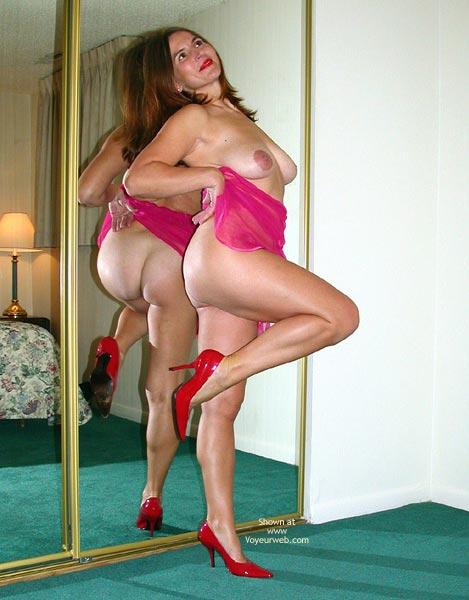 Pic #4 - Pinky Dance