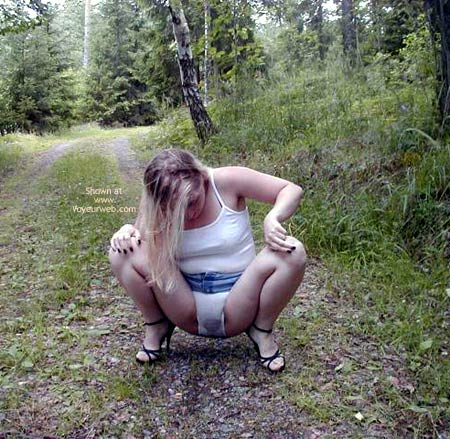 Pic #3 - Linda From Sweden in Wet Panties
