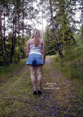 Pic #5 - Linda From Sweden in Wet Panties