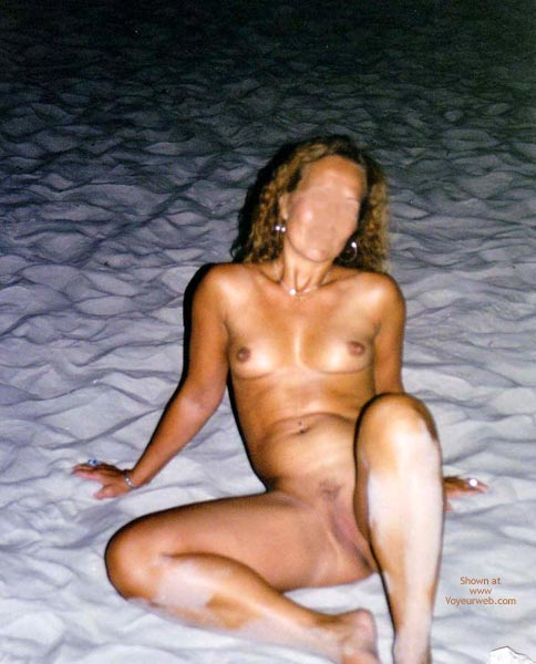 Pic #6 - Catti Striptease On The Beach 2  Color!!!