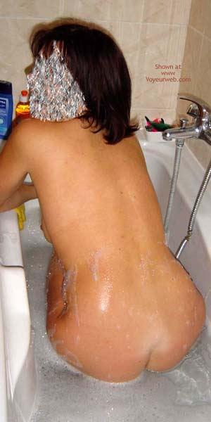 Pic #4 - Wife in Bath