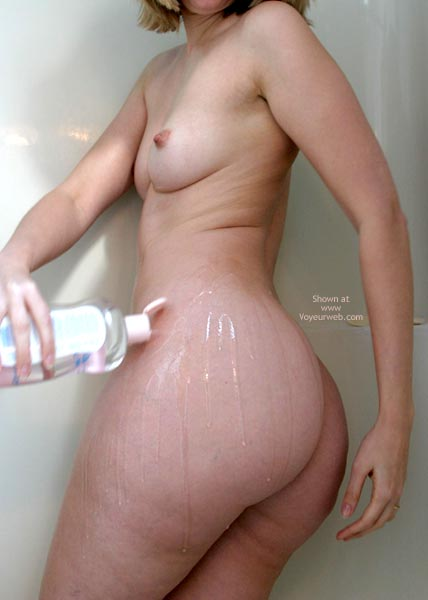 Pic #5 - Sexxy Blonde Wife Oiled In Shower