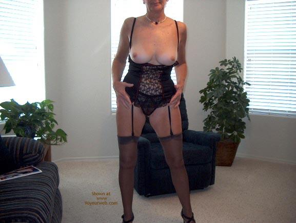 Pic #3 - Sexy Mature Lady