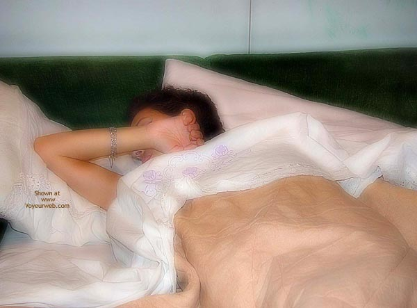 Pic #7 - Gioia on Bed 1