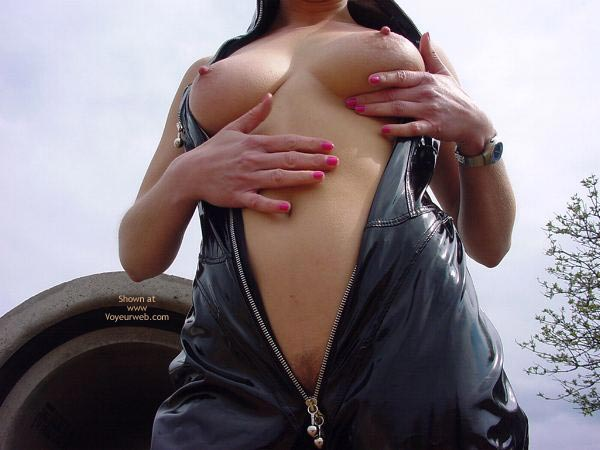 Pic #5 - Outdoor Slut Sofi