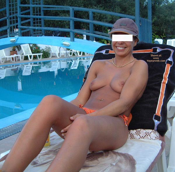 Pic #4 - Early Thirties By The Pool