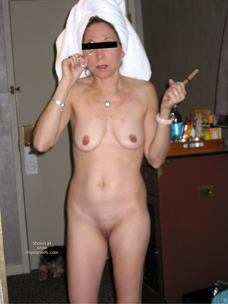Pic #3 - 40 Yr Old Wife Getting Ready In The Am