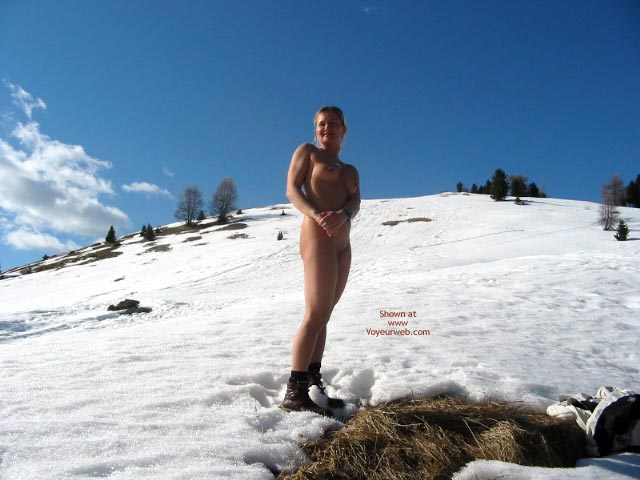 Pic #7 - *CH Elise on Val Gardena Snow