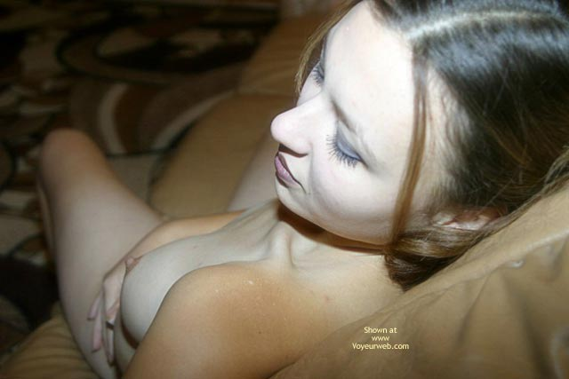 Pic #1 - My Shy Girlfriend Lora Posing For All Naked