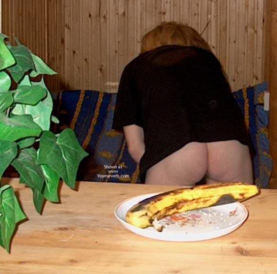 Pic #1 - Eva Before Breakfast