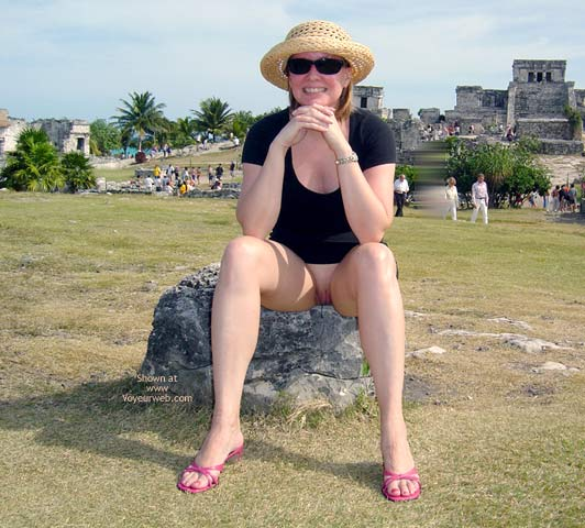 Pic #2 - Flash Cards Bunny At Tulum, Mexico