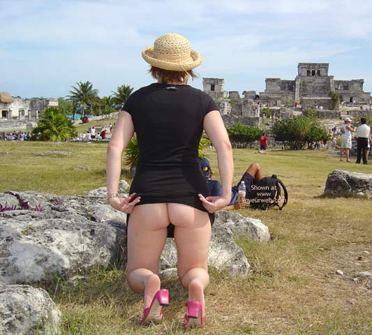 Pic #3 - Flash Cards Bunny At Tulum, Mexico