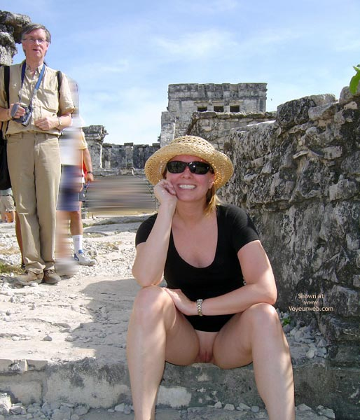 Pic #6 - Flash Cards Bunny At Tulum, Mexico