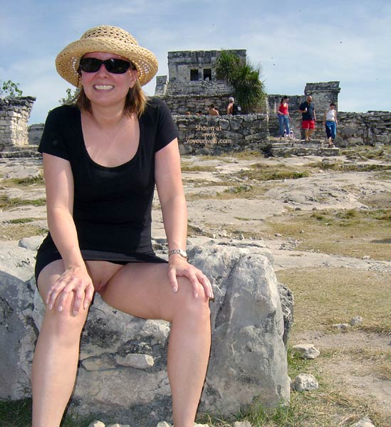 Pic #7 - Flash Cards Bunny At Tulum, Mexico