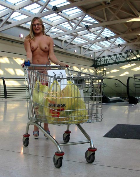 Pic #1 - *Pl Elise Go To Supermarket 2