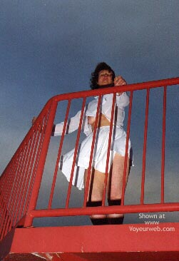 Pic #3 - Flashcouple Wants To Meet Cutewoman In N Wales